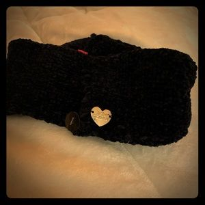 NWOT Betsey Johnson chenille navy headband